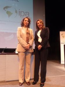 Ministra Trivelli y Mónica Perales Citi-2