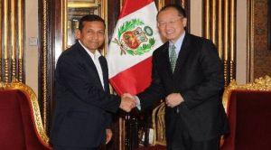 Presidente del Banco Mundial Jim Yong Kim y Ollanta Humala de Perú