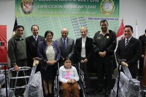 Donación a PNP directivos