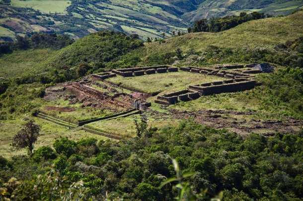 Panorámica del sitio arqueológico de Aypate (Ayabaca - Piura)