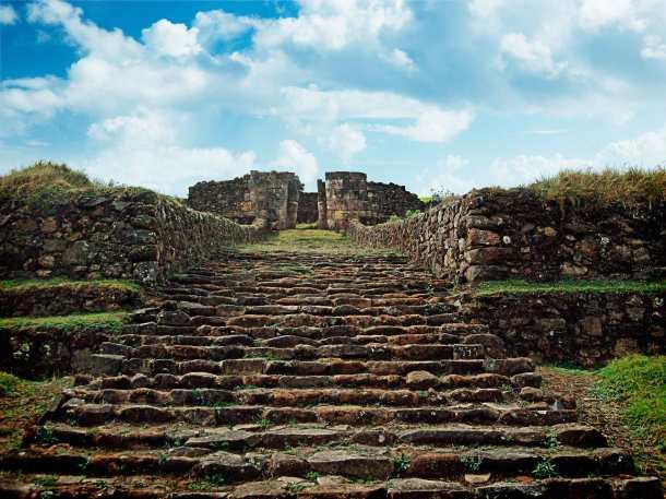 portada del Acllawasi sitio arqueológico de Aypate