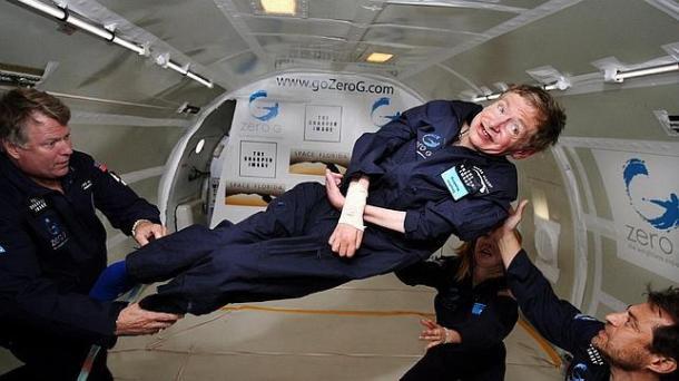 Stephen Hawking da cinco consejos a estudiantes