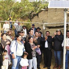 Bolivia: Ejemplo sudamericano de paneles solares en comunidadesrurales