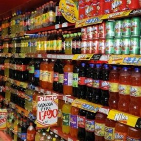 Empresarios colombianos acordaron no vender gasesosas a estudiantes de primaria previo compromiso de institucioneseducativas