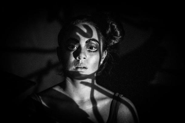 'Zapatos andaluces' y 'Retrato de mujer con sombras' con ingreso libre en la ENSAD