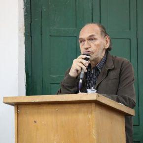 Escritor huanuqueño Samuel Cárdich visita el BarrioQuijote