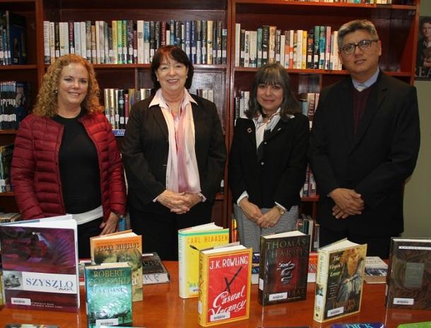 Libros donados por el Club Literario de Mujeres Americanas (AWLC) estarán disponibles en bibliotecas del ICPNA de Miraflores y La Molina