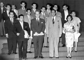 Bellas Artes del Perú celebra 98 años de Fundación y condecora a su Promoción deOro