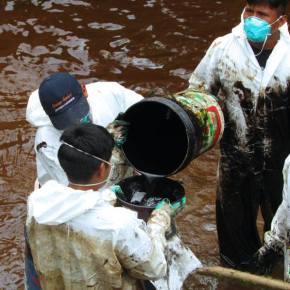 Comunidad nativa de Loreto continúa sin agua potable luego de nuevo derrame de petróleo el Domingo 25 deSetiembre