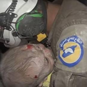 Rescatista de Casco Blanco, Abu Khalifa, halló con vida a bebé tras un bombardeo enSiria