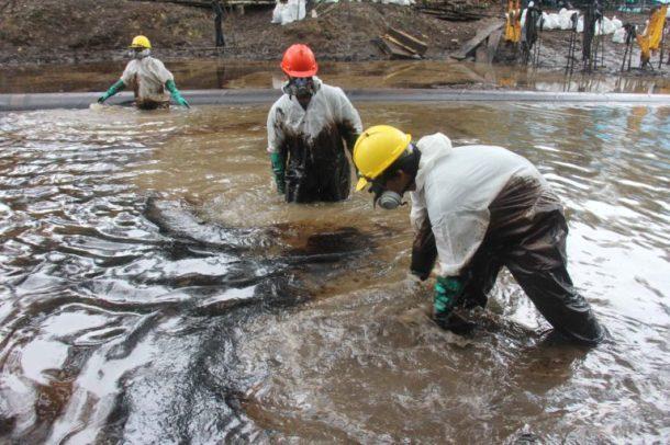pipeline-spill-amazon-river