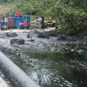 Tras once derrames de petróleo en Oleoducto Nor Peruano,Petroperú se declaró en emergencia y gobierno peruano declaró Estado de Emergencia a zonasafectadas