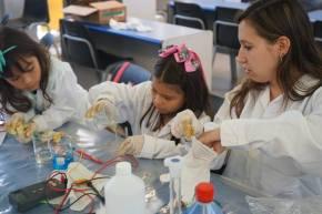 CEPRECYT 25 años: El placer de enseñar y aprender ciencia enPerú