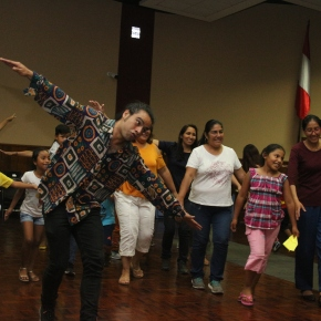 """ICPNA impulsa el programa gratuito """"Jugando en Familia"""" para padres ehijos"""