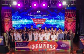 Tres estudiantes peruanos viajarán a India para disputar la final deCodeVita