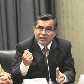 """""""Se ha roto el principio de autoridad"""": Director Defensa Legal PNP Máximo Ramírez, ante leves penas por agredir a policíasperuanos"""