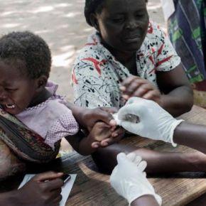 Vacuna RTS.S contra la malaria inicia programa a granescala