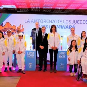 La organización Lima 2019 presentó las antorchas de los Juegos Panamericanos y Parapanamericanos y a sus Portadores queiluminan