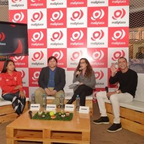 Thalía Mallqui deportista que representará a Perú en lucha en los Juegos Panamericanos 2019 participó en lanzamiento de Mall PlazaArena