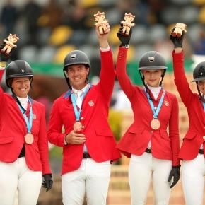Equipo de salto ecuestre de EE.UU. obtuvo medalla de bronce en Panamericanos Lima2019