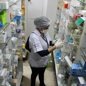 Municipalidad de Lima clausuró farmacias por comercializar medicamentosvencidos