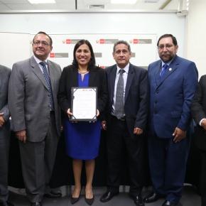 SERVIR y MINEDU convocan a profesionales para gerentes públicos enregiones