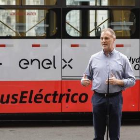 Primer bus eléctrico que opera en el Corredor Rojo 201 enLima