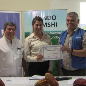 EsSalud reconoce a TAMSHI por su contribución activa a la salud enLoreto