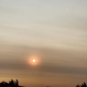 Atardecer más rojizo y cielo gris en Argentina, Chile, Uruguay y Brasil por humo de incendios forestales en Australia/Resumen.