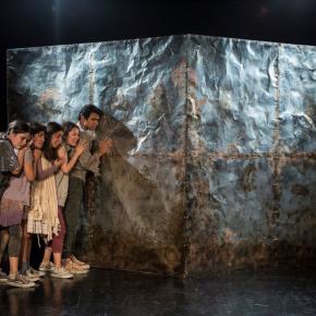 """Nuevos talentos del teatro peruano: """"Ex, que revienten los actores"""" y """"Búfalos"""" en el Centro Cultural de laPUCP"""