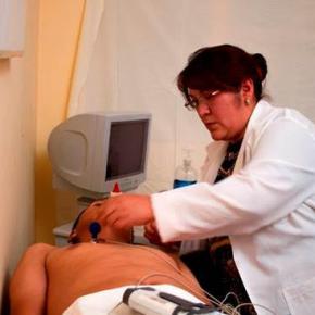 CAF entregará 400 mil dólares en recursos no reembolsables al Ministerio de Salud de Perú para protección al personal desalud