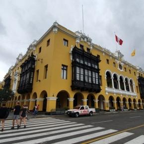 Metropolitano de Lima en peligro de alza de pasajes, suspensión indefinida y peligro de propagación del COVID 19:MML