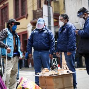 La Municipalidad de Lima registró a más de 2,500 comerciantes ambulantes en Mesa redonda y Mercadocentral