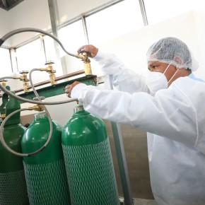 """Planta """"Oxígeno para la Vida"""" brindará oxígeno gratis en San Juan de Lurigancho: Alianza de Sisol Salud de la Municipalidad de Lima y parroquia SanMarcos"""