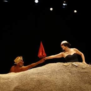 """El Teatro Británico presenta la obra """"Días Felices"""" dirigida por Alberto Ísola, con funciones presenciales yvirtuales"""